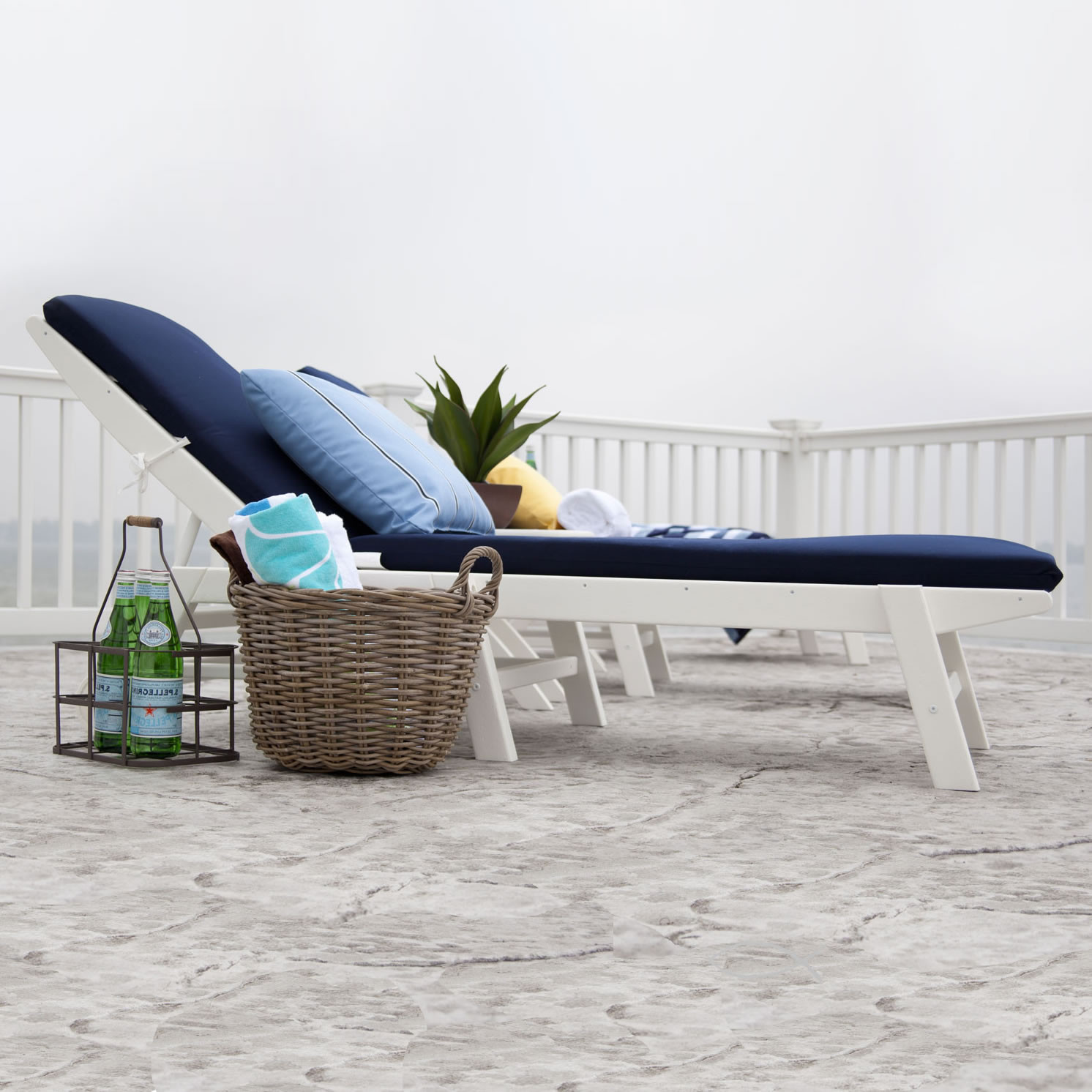 Polywood nautical armless chaise lounge chaise lounge for Armless chaise slipcover