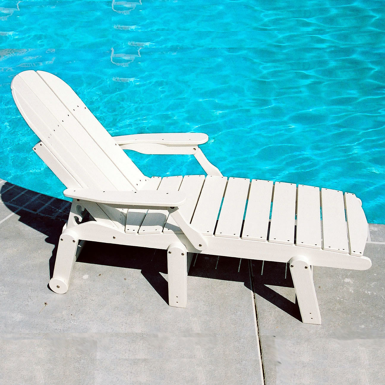 Tailwind Chaise Lounge - With Arms