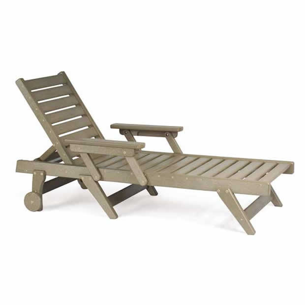 Breezesta™ Chaise Lounge Chair with Wheels
