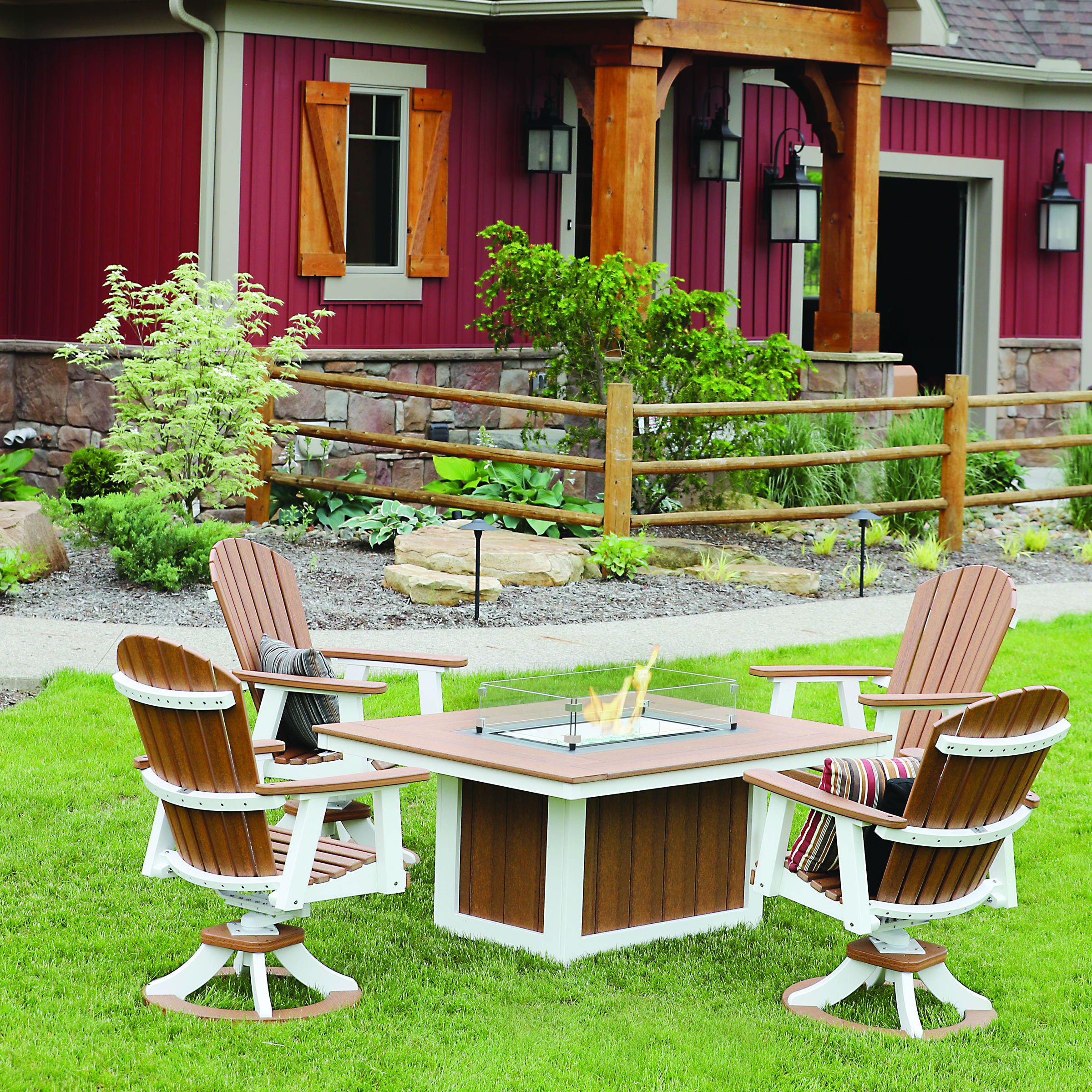 Berlin Gardens Comfo-Back 5 pc Conversation Set with Donoma Rectangle Fire Pit Table