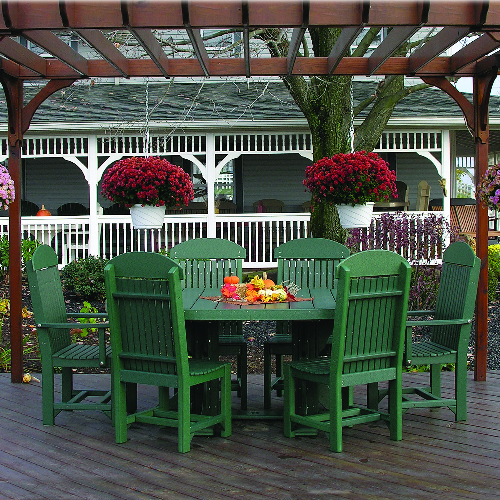 Luxcraft / Crestville® Oval Captains Outdoor Dining Set