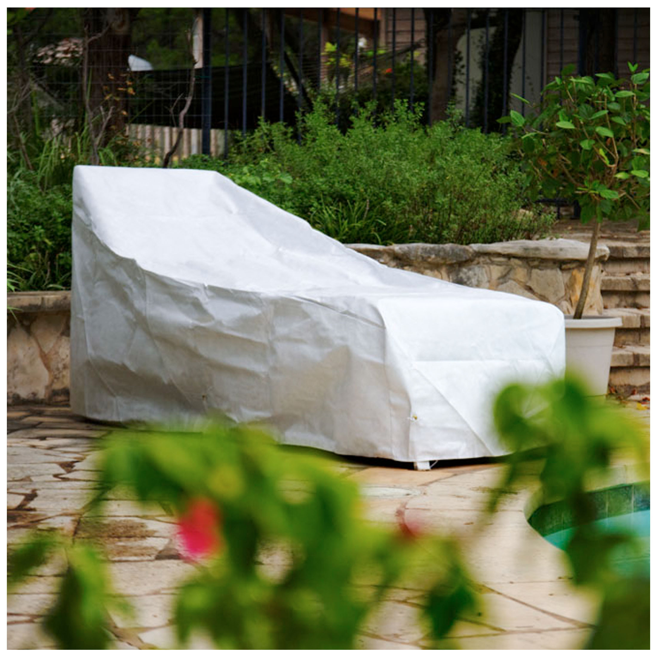 KoverRoos DuPont Tyvek Chaise Cover