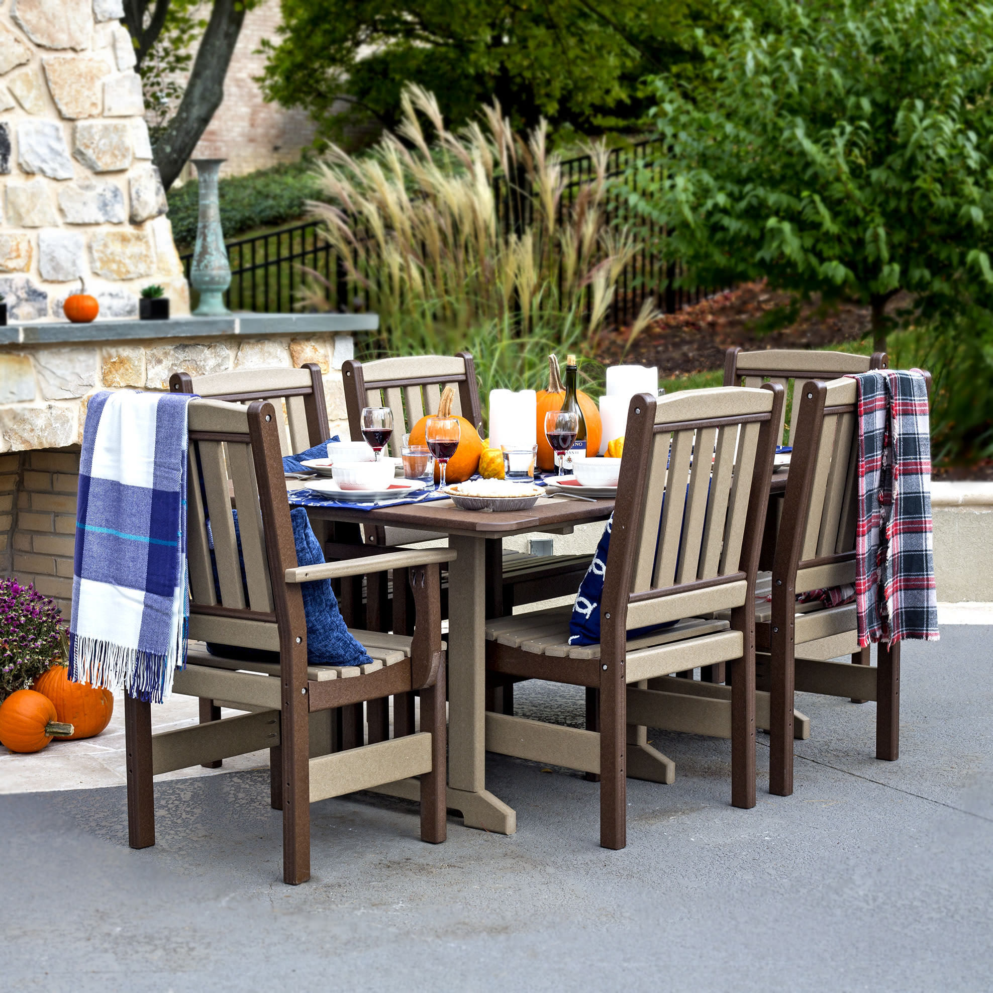 Amish Poly English Garden 72in Dining Set