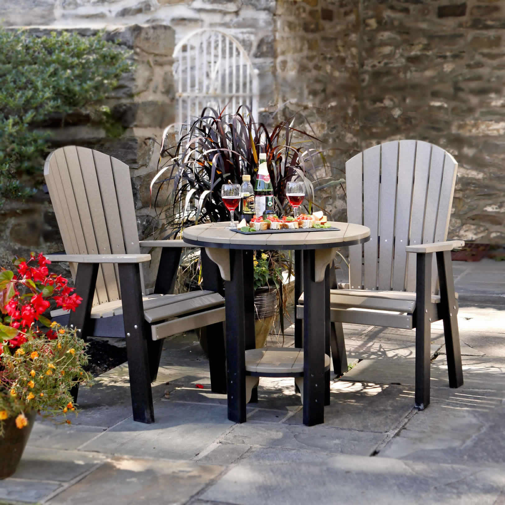 Amish Poly Bistro 30in Dining Table & Chair Set