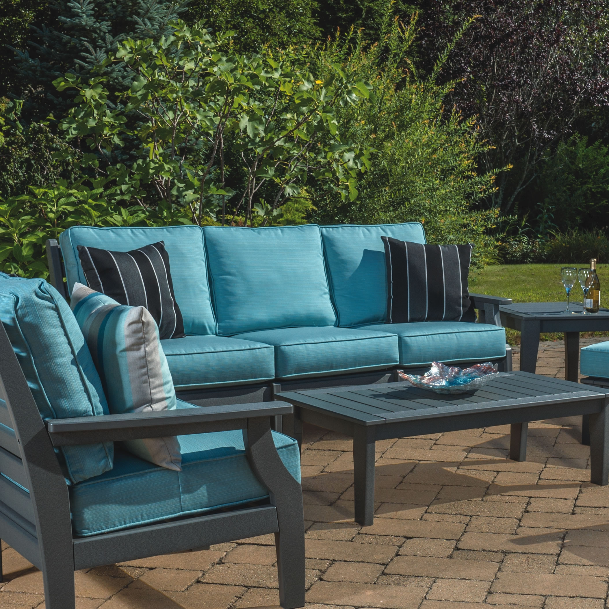 Malibu Outdoor Maywood Sofa