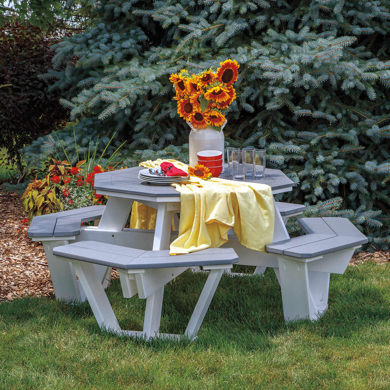 Casual Comfort Poly Lumber Octagon Picnic Table