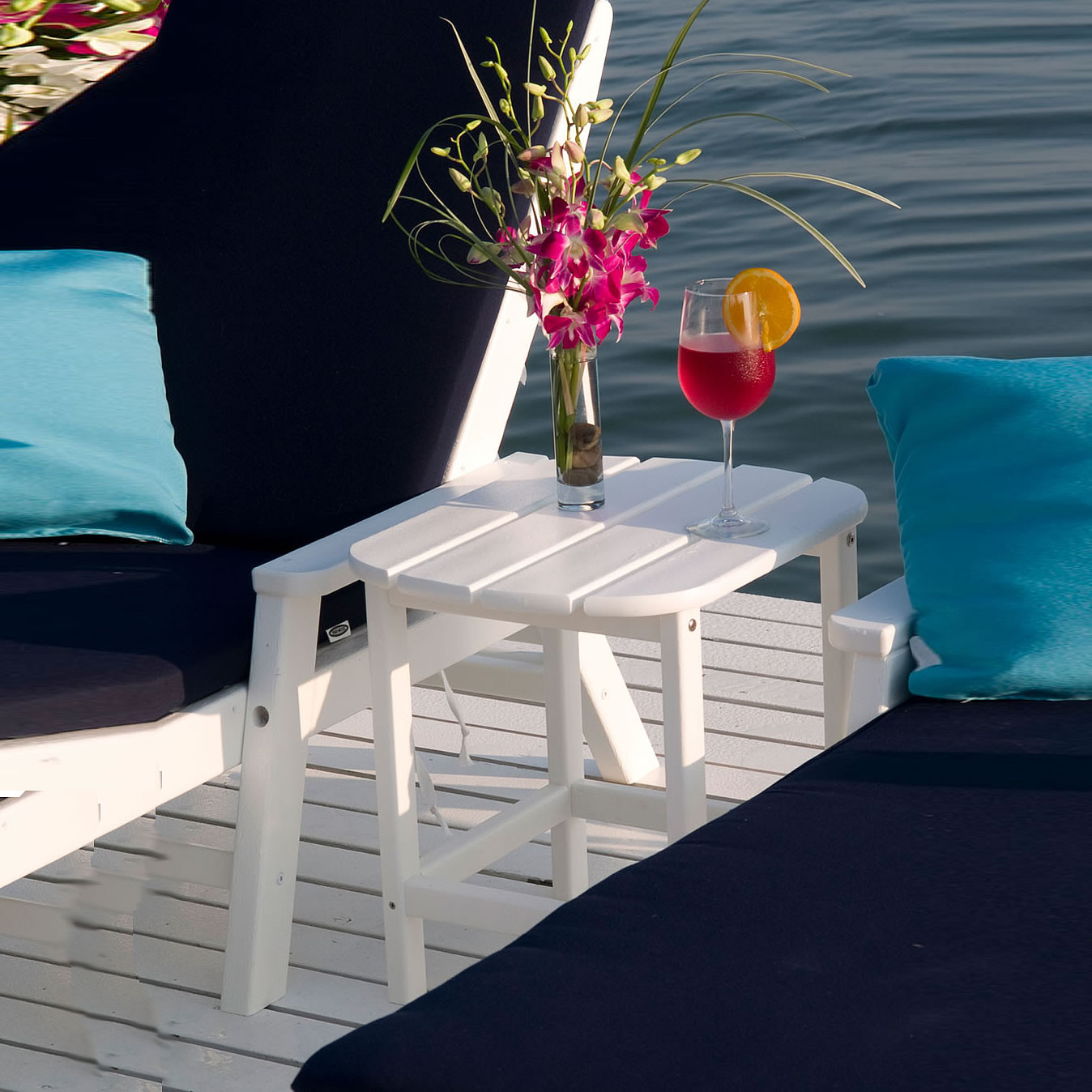 POLYWOOD South Beach 18 In Side Table