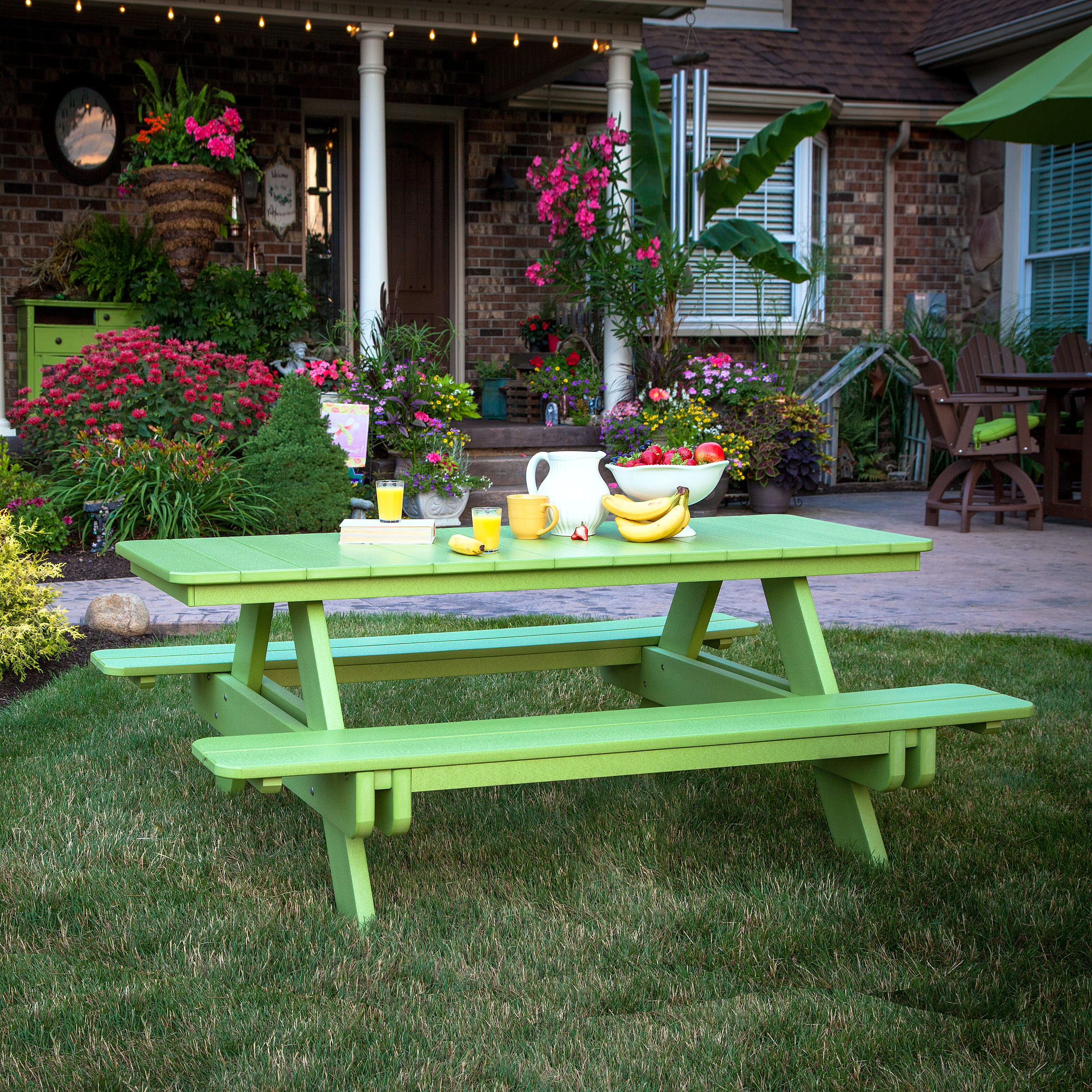 Berlin Gardens Tropical Rectangular Picnic Table