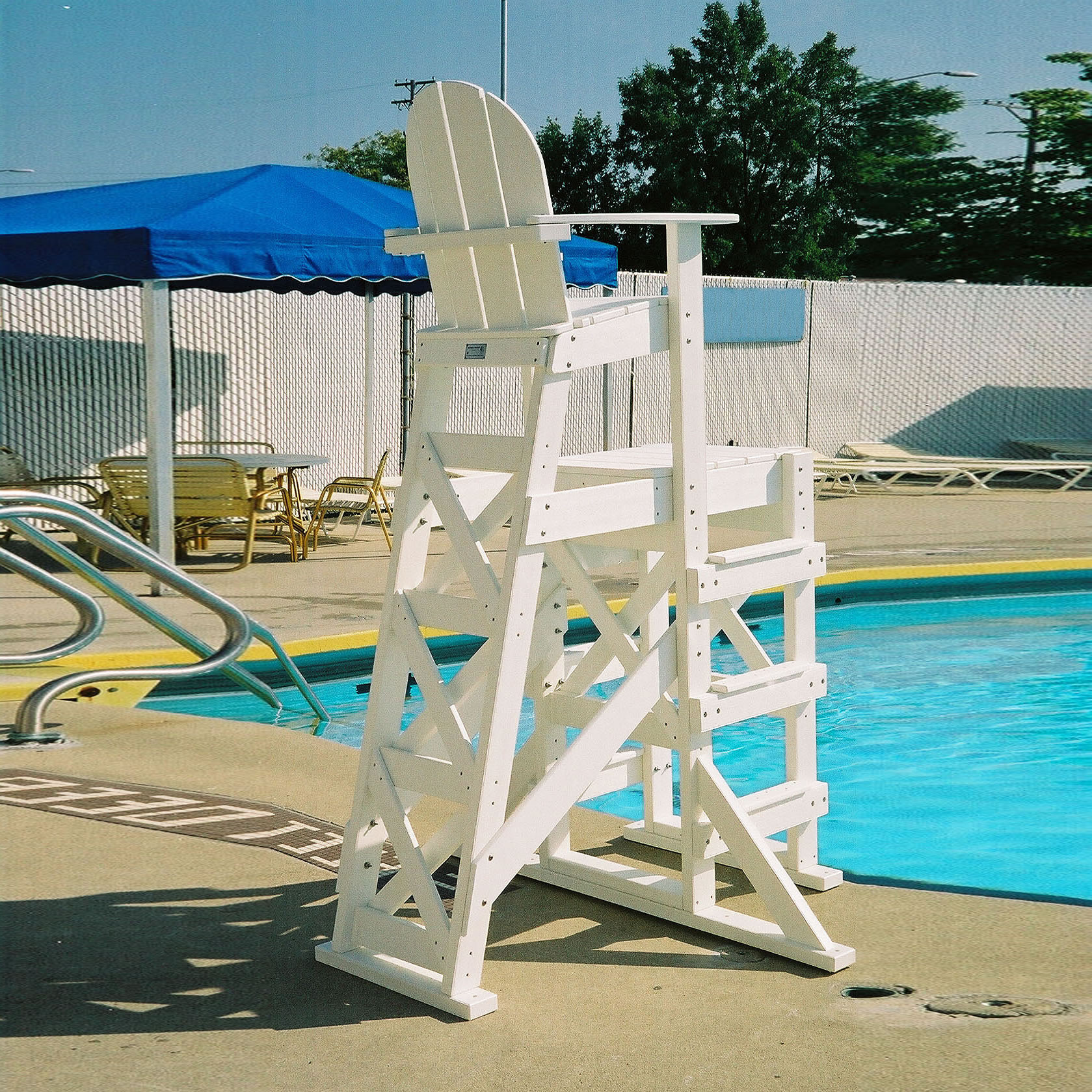 Tailwind TLG530 Tall Lifeguard Chair With Side Steps