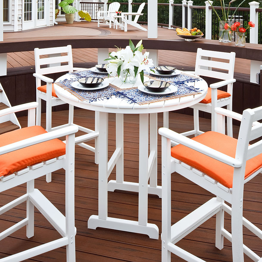 Trex outdoor furniture monterey bay in round bar table