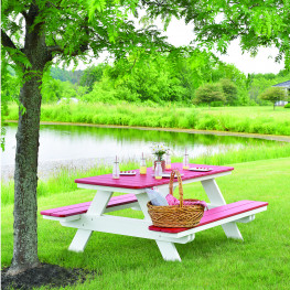 Berlin Gardens Rectangle Picnic Table in antique mahogany on black