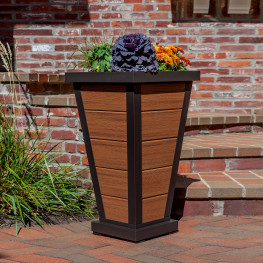 Trex Outdoor Furniture Pyramid 18 in Planter 5-Board